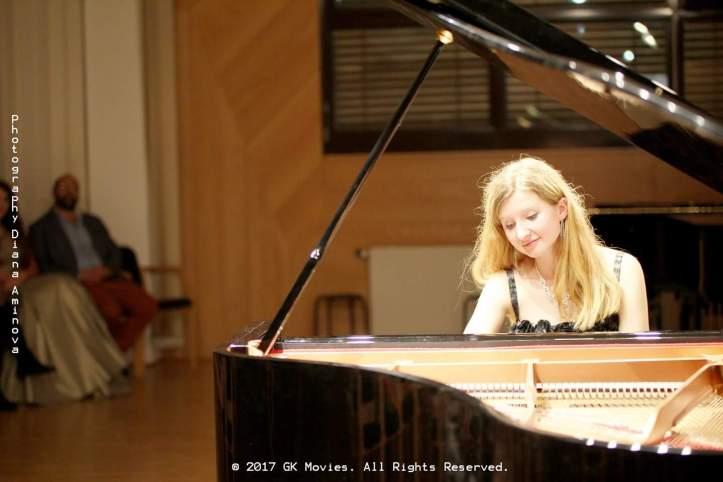 Lizaveta Bormotova Pianist