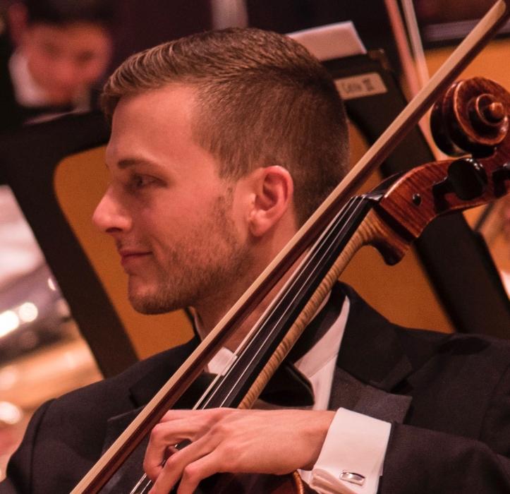 Jordan Galvarino, Cello.jpg