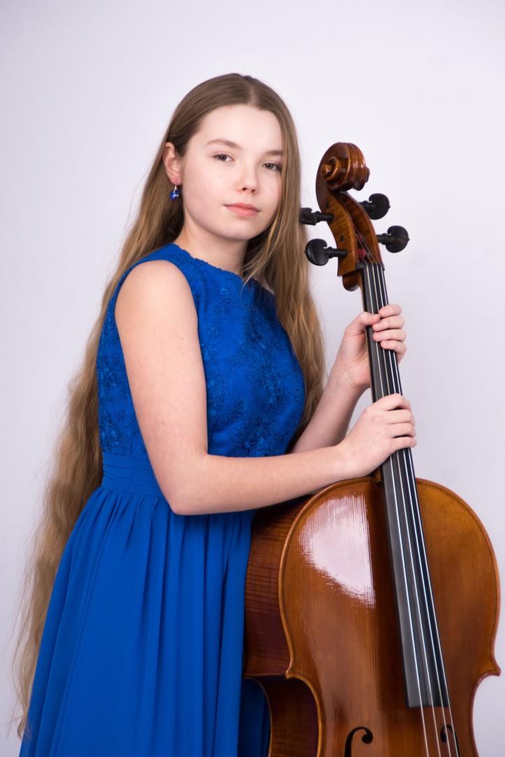 Julia Bednarska.jpg