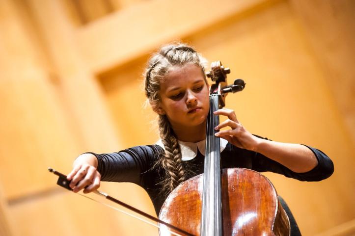 Zuzanna Zamęska Cello Prodigy.jpg