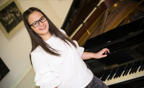 Anna-Mariya Arsenova Pianist from Bulgaria