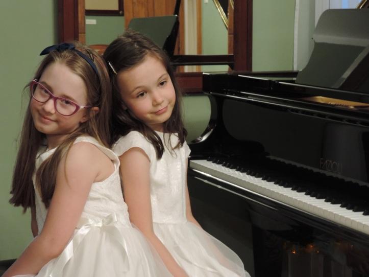 PIANO DUO Anna Zimowska and Zofia Michałek (2) (1).jpg