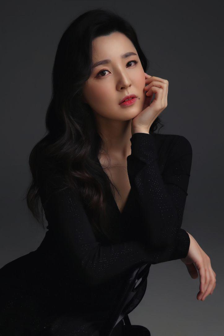 Bogyeong Lee.jpg